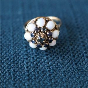 Sapphire Antique ring